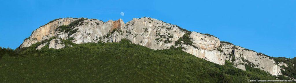 Panoramica-Monte-Cucco-copyright-ridim
